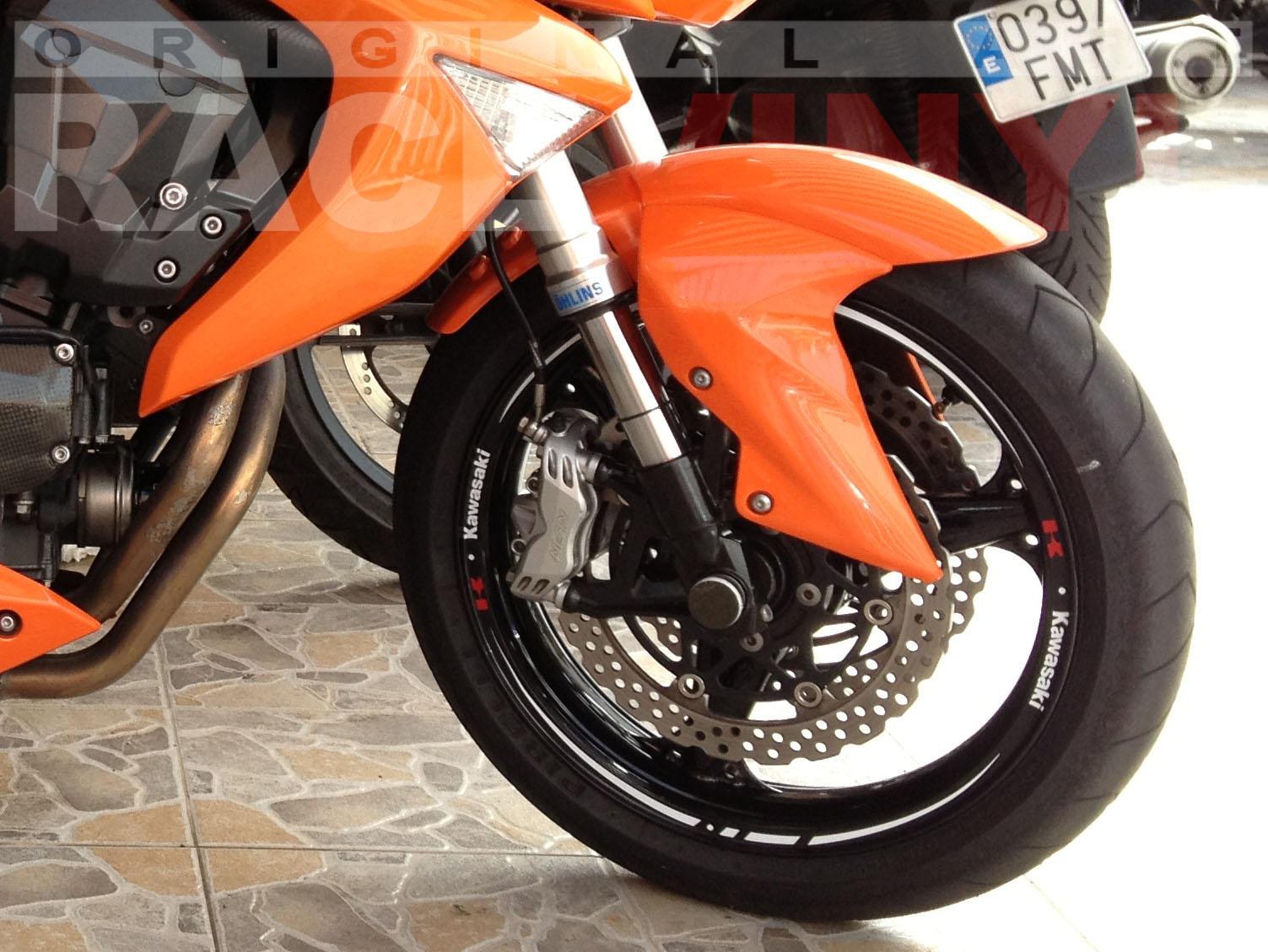 Kawasaki Z 750  con Adhesivos Race Blancos con Logo de Kawasaki Racevinyl