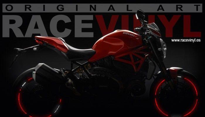 Vinilos reflectantes para la Ducati Monster de Racevinyl