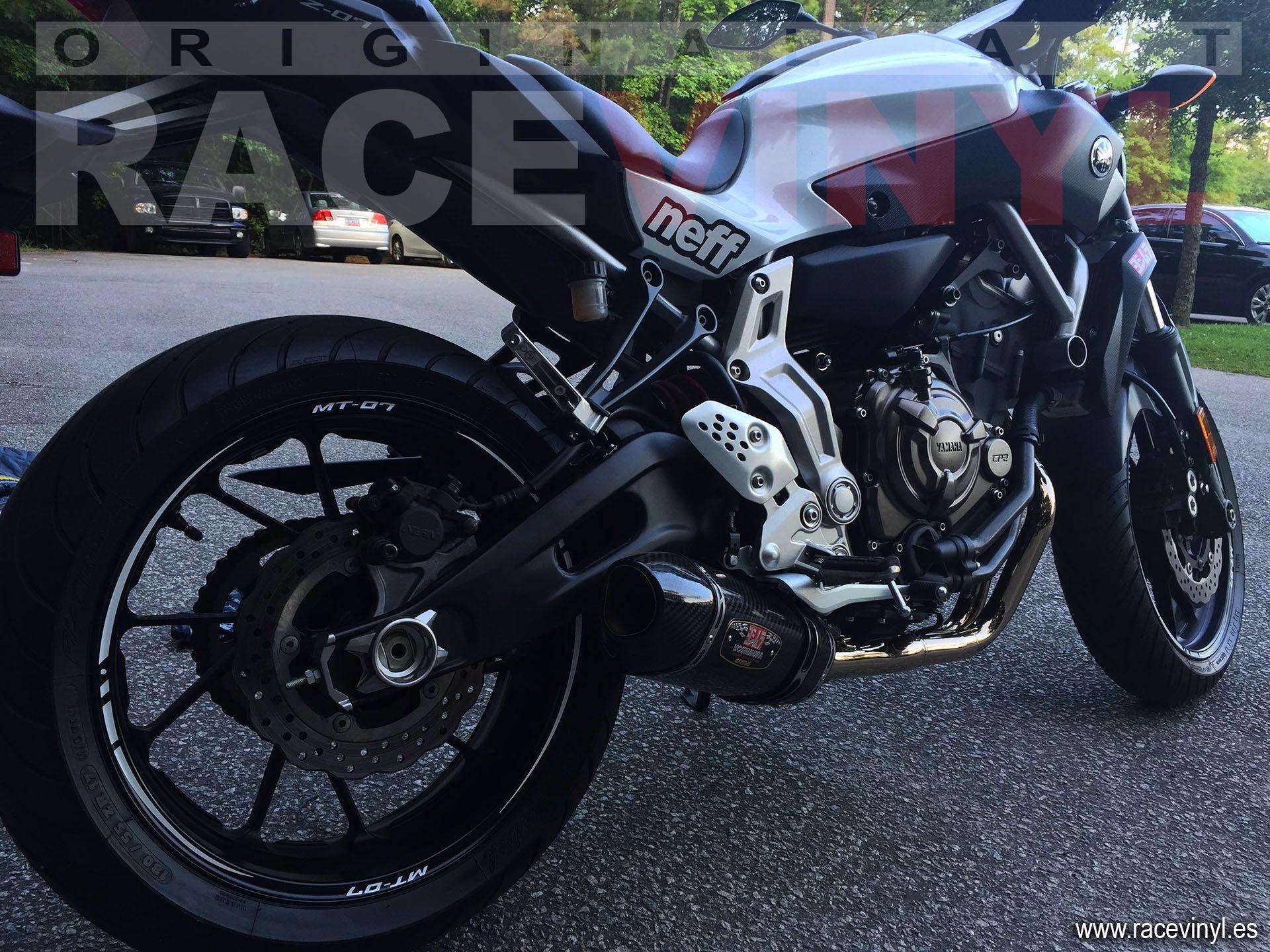 Yamaha MT 07 vinilos para las llantas de moto de Racevinyl