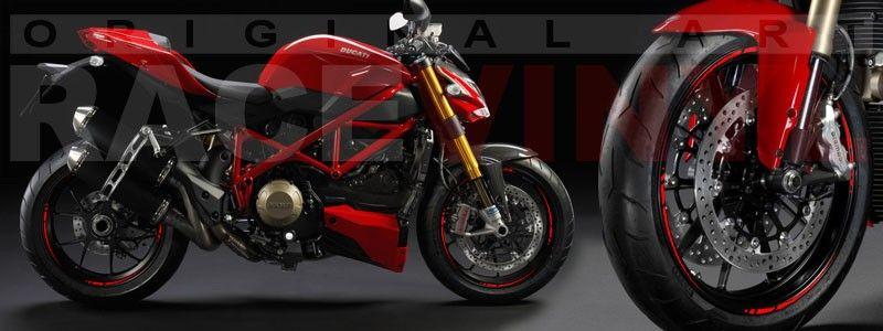 Ducati Streetfighter con los adhesivos Spire para llantas de Racevinyl